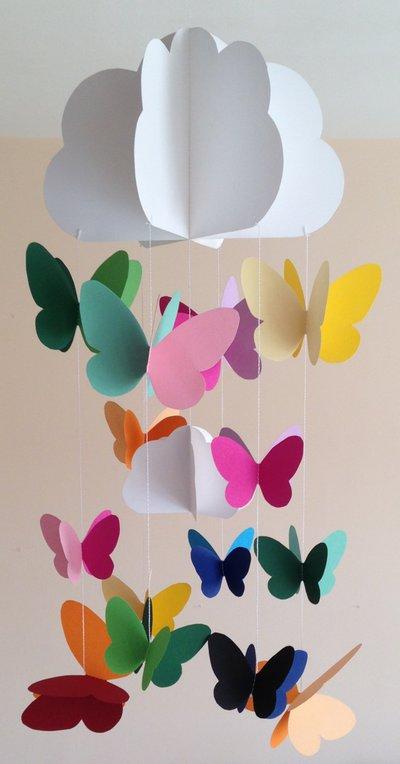 Decorazione per cameretta, con farfalle colorate e nuvole, 3D