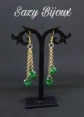 CRYSTAL BALL: Orecchini lunghi con sfere di cristalli verdi-Swarovski Emerald