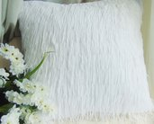 Cuscino bianco con frange