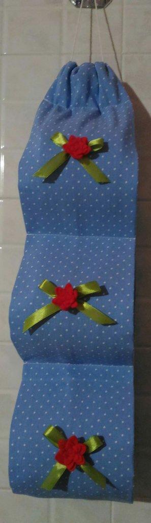 Porta rotoli di carta igenica in stoffa con fiori rossi in feltro