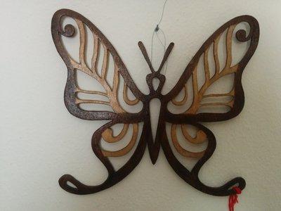 Farfalla (tipo 2) da muro o da appendere, tecnica del traforo