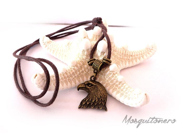 Collana Aquila ciondolo in bronzo simbologia animale cordino in cotone cerato