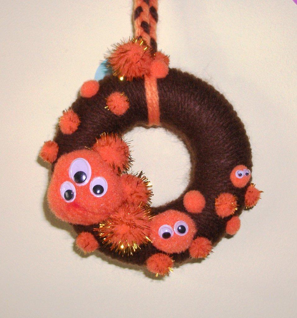 Ghirlanda Decorativa Fuoriporta per Halloween^^ - Mostrini Arancioni