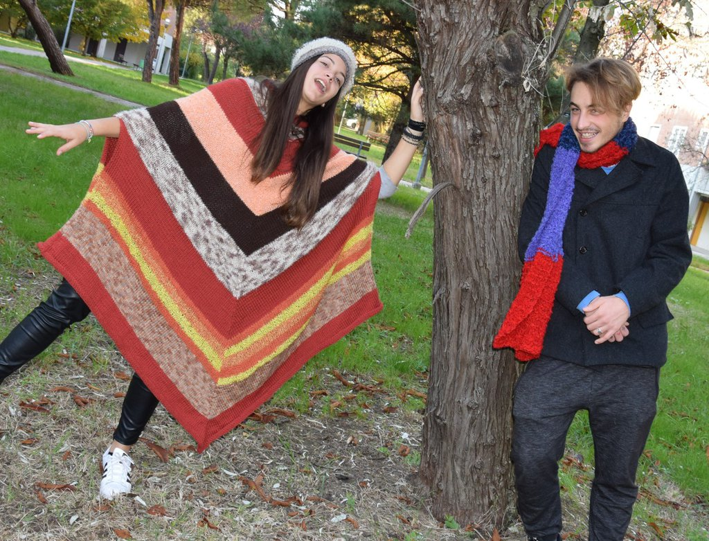 poncho lana a righe colorate