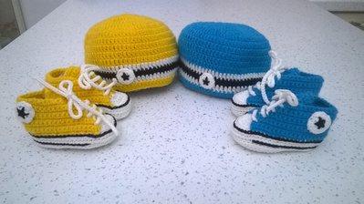 All star uncinetto,  scarpine neonato con berretto