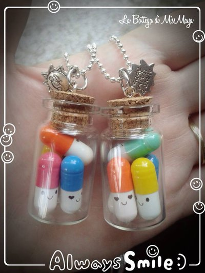 Collana con pilloline kawaii