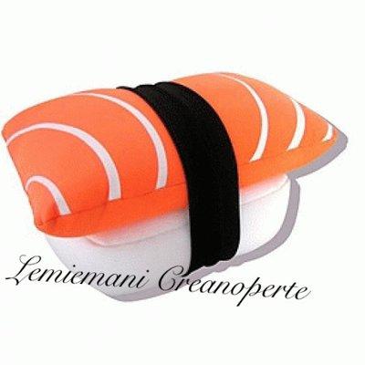 Cuscino Sushi fatto a mano handmade nigiri idea regalo San Valentino