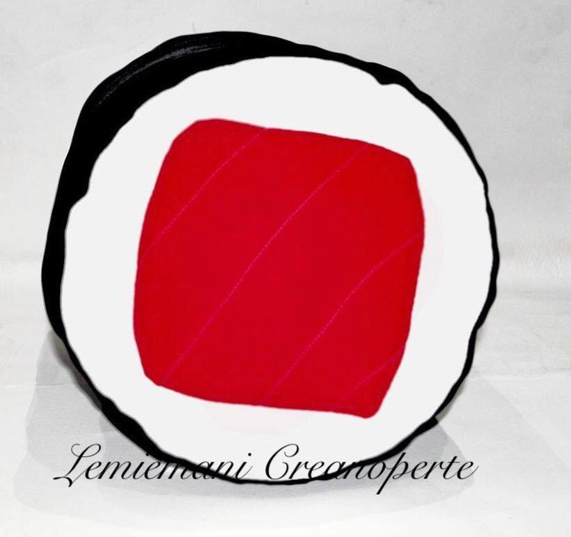 Cuscino sushi hosomaki futomaki handmade idea regalo San Valentino fatto a mano Pile Antipilling