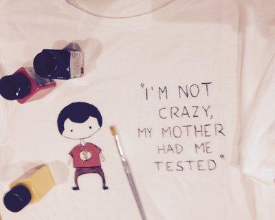 T-shirt personalizzata a mano