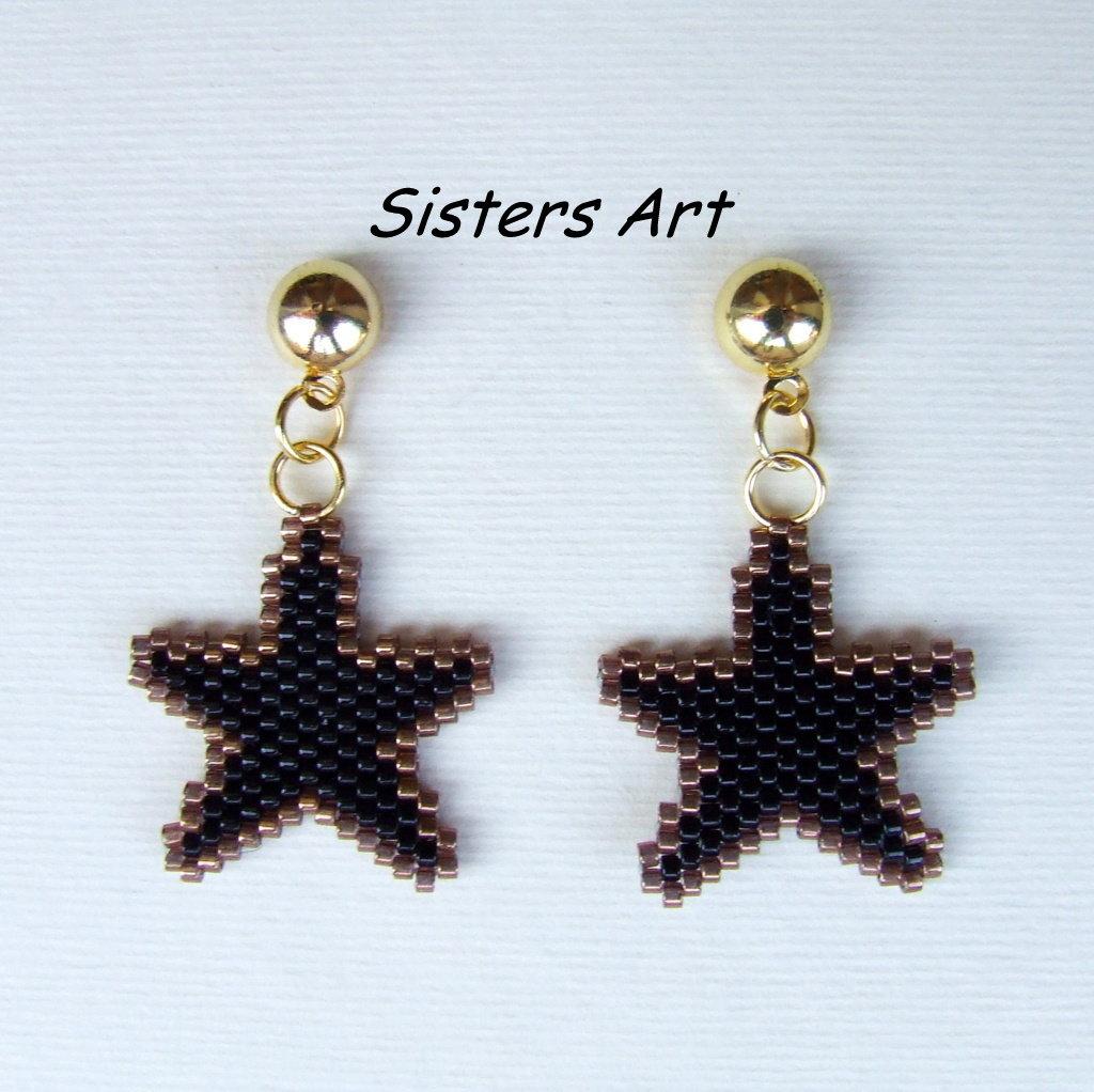 """Orecchini """"Stella Nera"""" realizzati con perline Miyuki delica"""