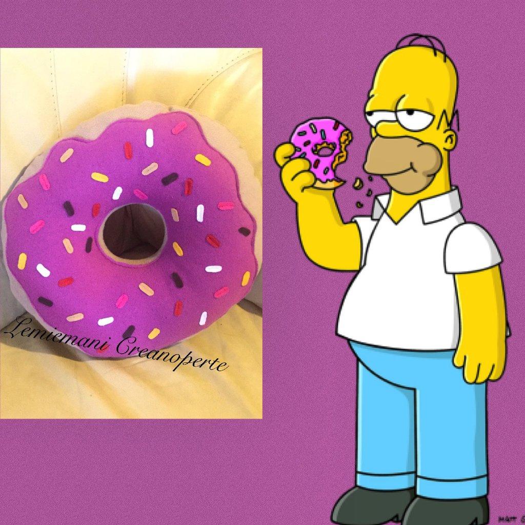 Cuscino a forma di Ciambella Donut Homer Simpson handmade idea regalo San Valentino Pile Antipilling