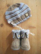 Stivaletti/scarpine e capellino/berretto neonato/bambino lavorati a maglia in lana e alpaca