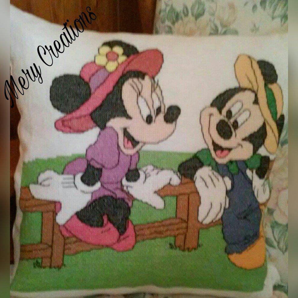 Cuscino minnie e topolino