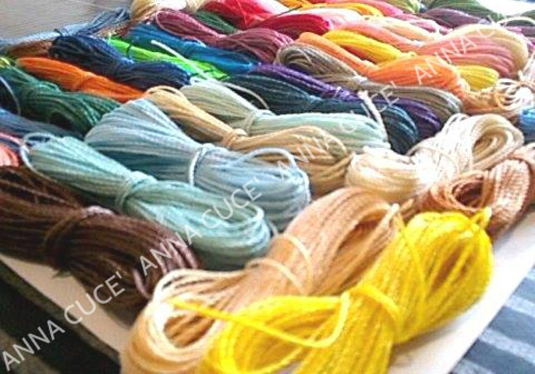 1500 metri di filo cerato LINHASITA  1 mm di spessore, filo per macramè, filo brasiliano, 50 colori x 30 metri