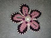 Spilla forma di un fiore