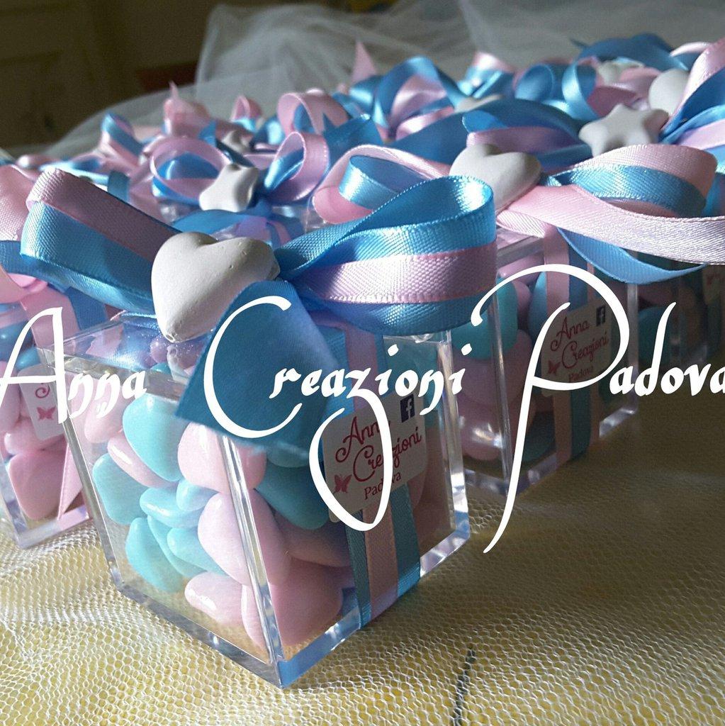 Bomboniera scatolina plexiglass con gessetto gemelli