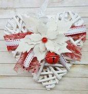 Cuore natalizio con Stella di Natale bianca