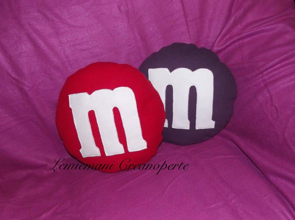 Cuscino M&M's M&M idea regalo San Valentino pillow handmade fatti a mano Pile Antipilling