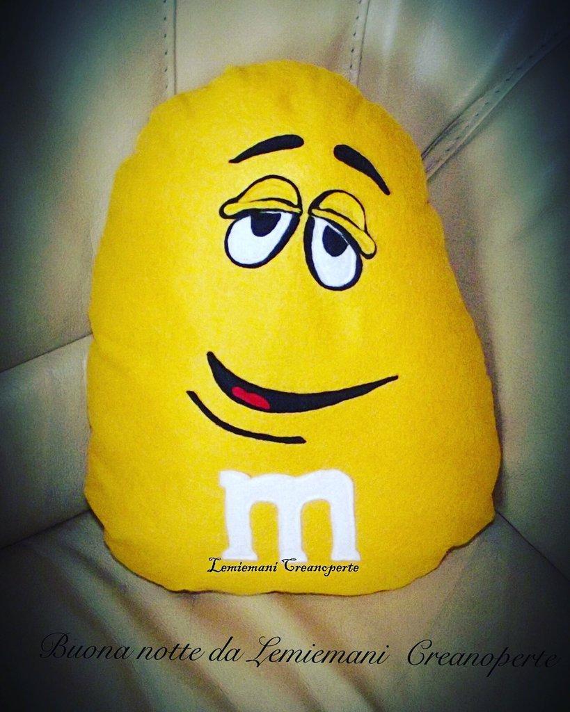 Cuscino personaggio M&M's M&M idea regalo San Valentino pillow handmade