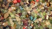 FUORI TUTTO Lotto 27, CHIPS in vetro e pietre dure  circa 100 gr