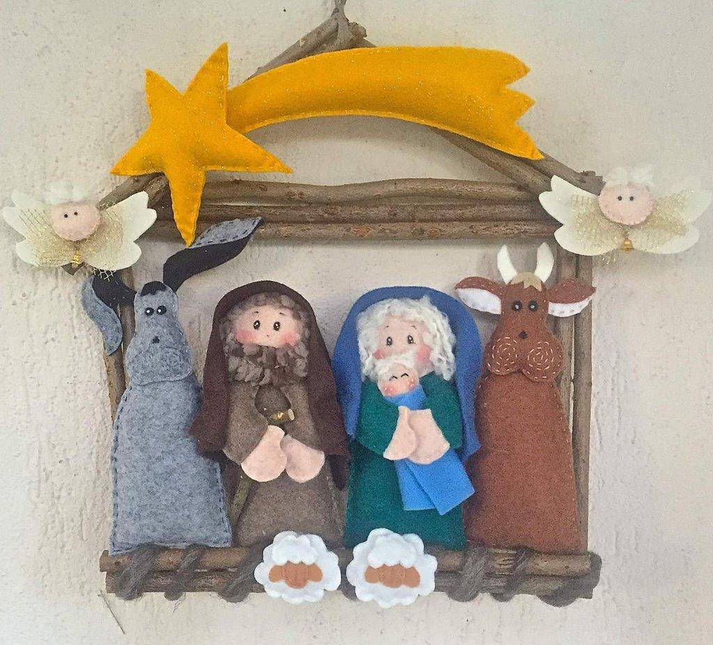 Amato Ghirlanda casetta d legno con presepe in feltro - Feste - Natale  TH76