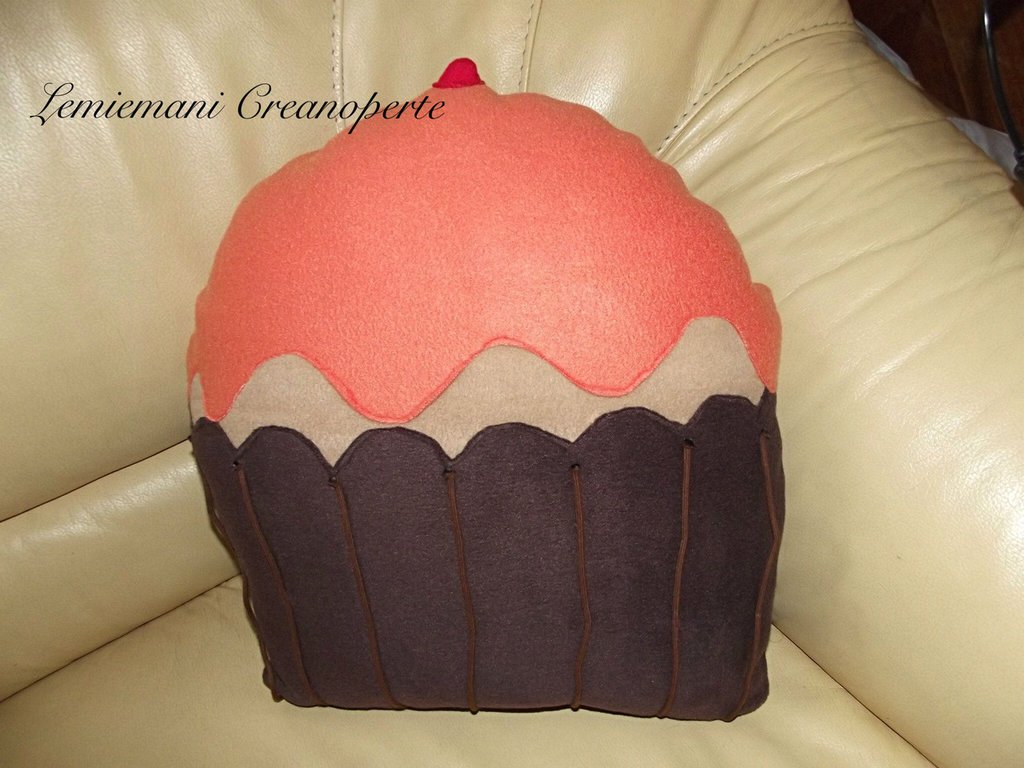 Cuscini Cupcake idea regalo San Valentino pillow handmade fatti a mano