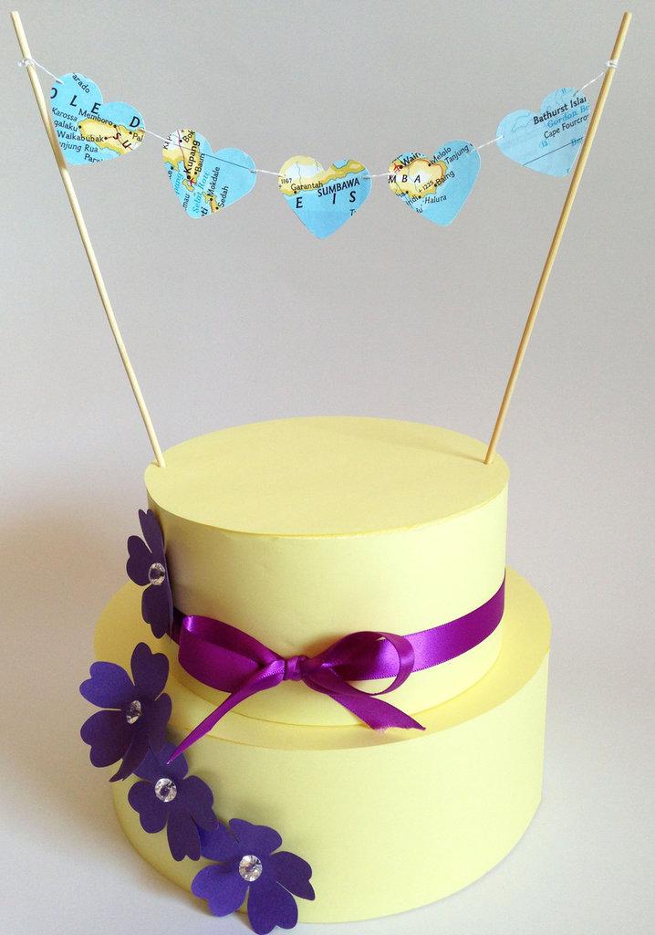 Cake topper con cuori geo