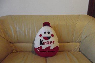 Cuscino Ovetto Kinder personaggio con cappellino idea regalo San Valentino handmade pillow