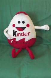Cuscino Personaggio Ovetto Kinder idea regalo San Valentino handmade