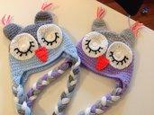 Cappellino Gufo con paraorecchie neonato color lilla