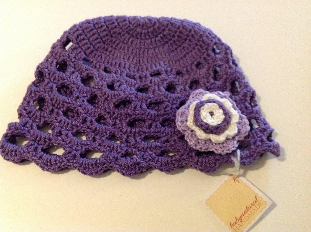Cappellini neonata color viola 100 percento cotone