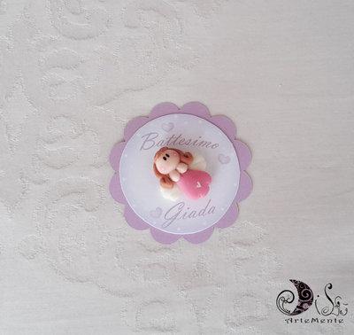 Card Art segnaposto battesimo comunione bimba angioletto etichetta tonda smerlata Lilla 6 cm