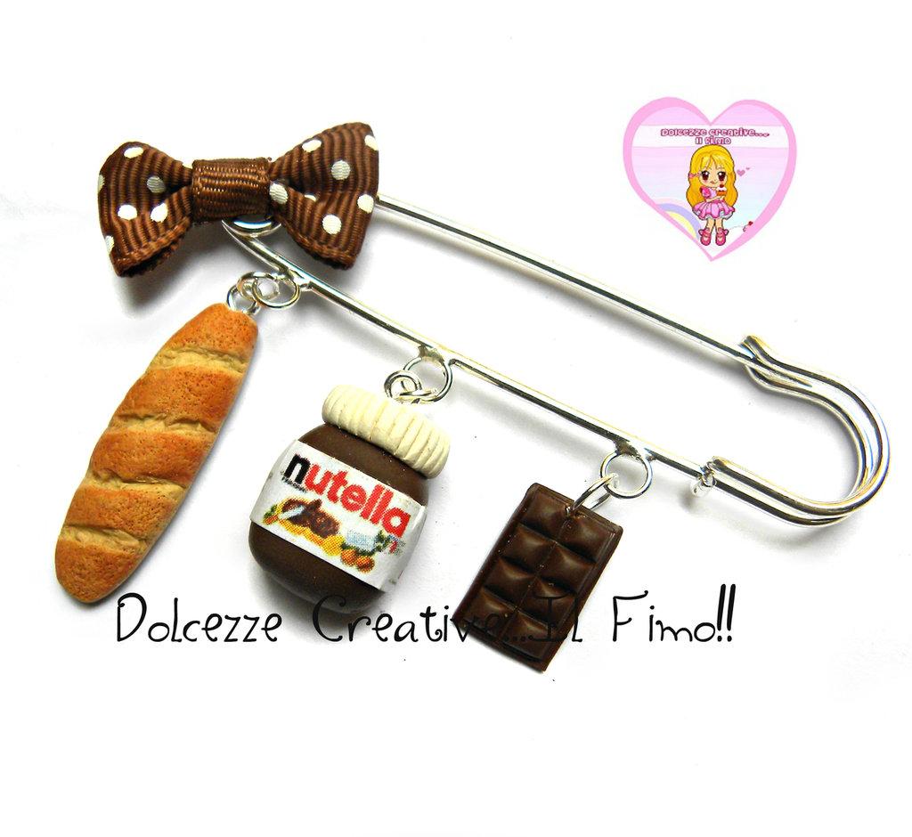 Spilla con nutella, pane e tavoletta di cioccolato al latte - kawaii handmade