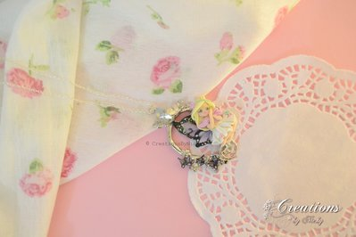 Collana con fatina e miniatura farfalle