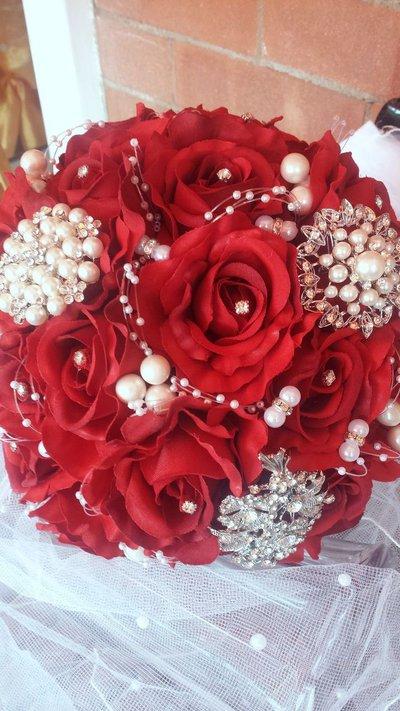 Bouquet gioiello IN PRONTA CONSEGNA  IN OFFERTA