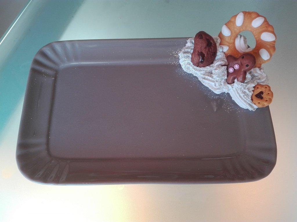 Piatto ceramica decorato