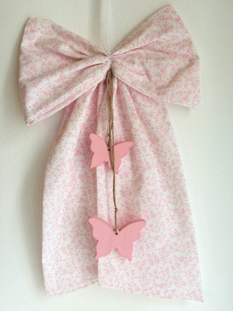 Fiocco nascita rosa con farfalle
