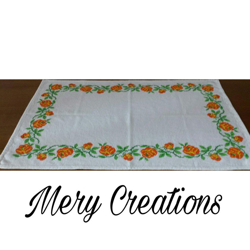 Centro tavola bordura rose arancio