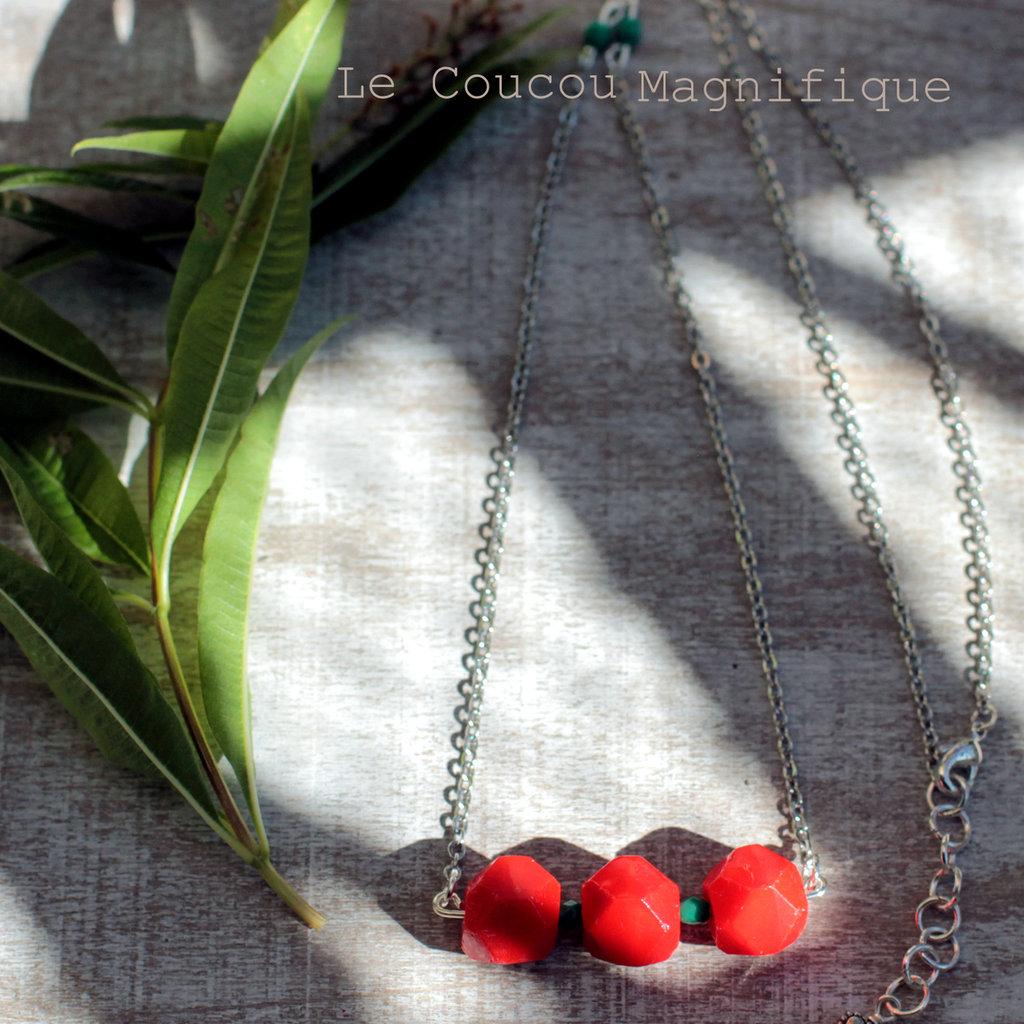 Collana sottile con perle rosse