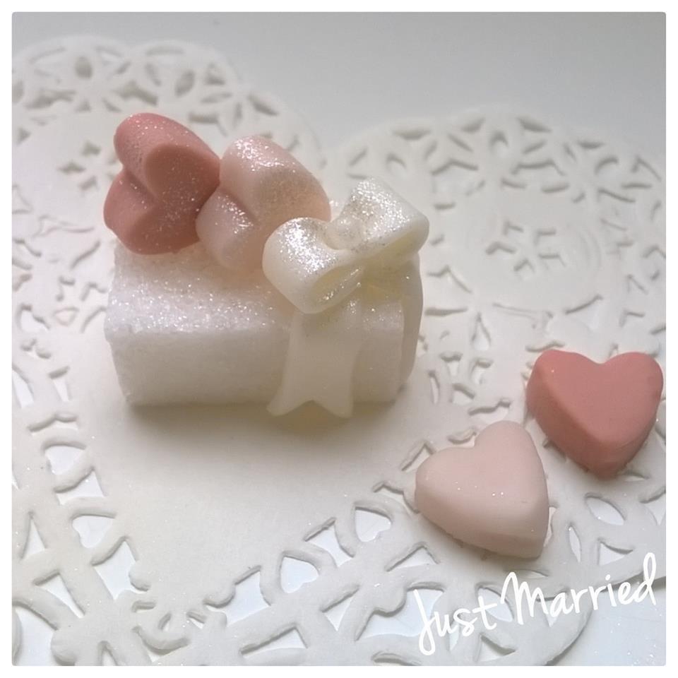 zolletta con cuori e fiocco, segnaposto matrimonio, promessa, rosa antico