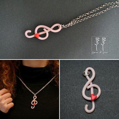 ciondolo fimo| ciondolo nota musicale| ciondolo chiave di violino| chiave di violino in fimo| collana chiave di violino| collana fimo| gioielli in fimo|