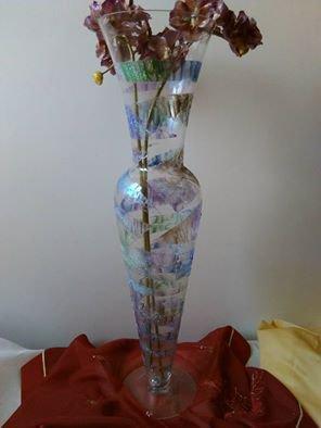 vaso di vetro decorato a mano