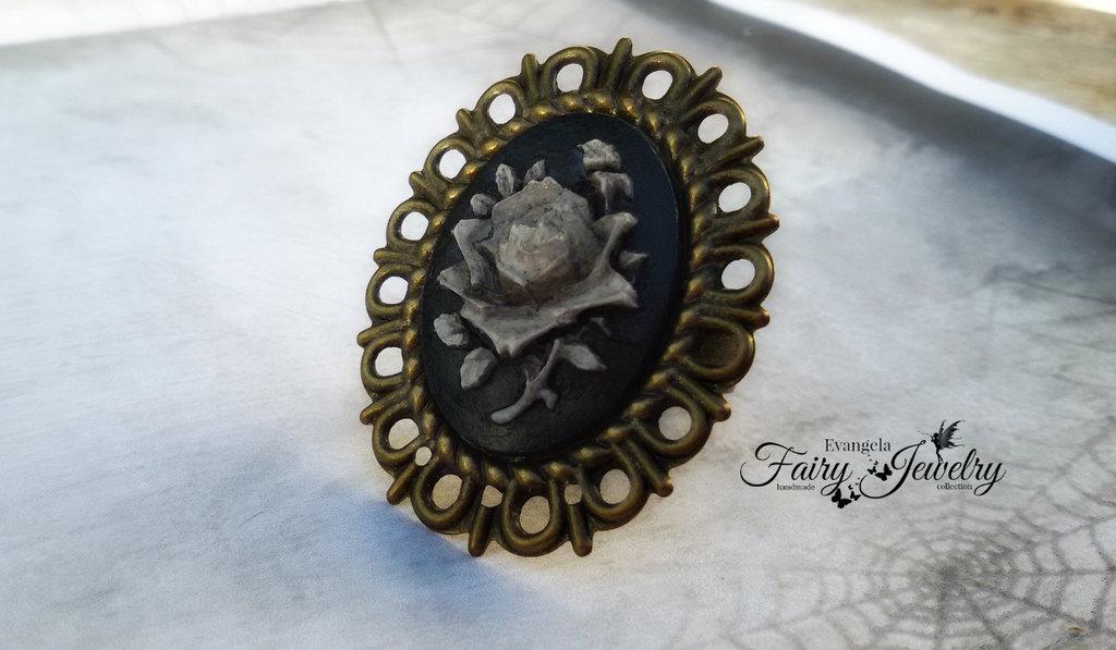 Anello cammeo dark gothic emo rosa nero anticato bronzo regolabile