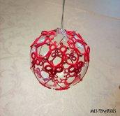 Pallina natalizia in vetro soffiato e pizzo chiacchierino PV5R8C