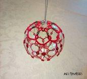 Pallina natalizia in vetro soffiato e pizzo chiacchierino PV5R9C