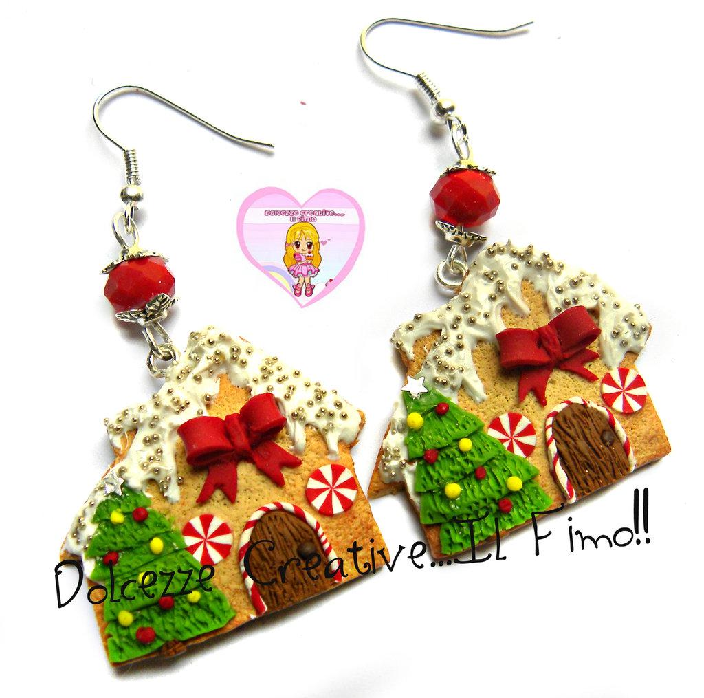 ☃ Natale In Dolcezze 2016 ☃ Orecchini Casette di marzapane kawaii handmade fimo con albero di natale