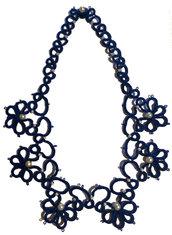 Collana in filo blu