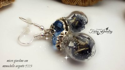 Orecchini micro mondi farfalle licheni blu notte mezzi cristalli monachelle argento 925