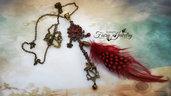 Collana piuma vintage rosso bohemian fata campanellino bronzo