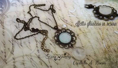 Collana cabochon cristallo di rocca e  imitazione agata druzy effetto ghiaccio